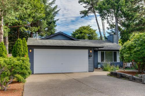 Pacific Dorado Beach House  - Depoe Bay, OR Vacation Rental