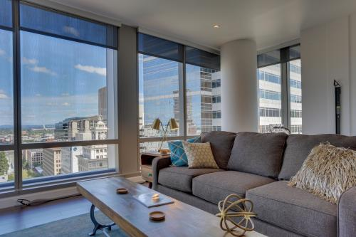 Park Avenue West 1209 & 1210: Bridgetown Duo - Portland, OR Vacation Rental