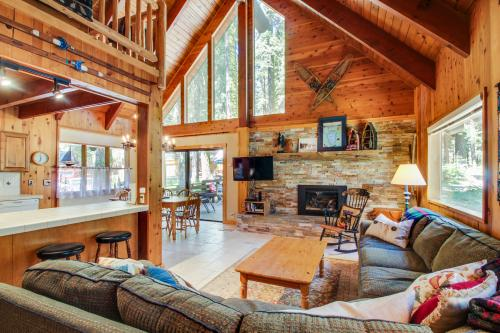Tahoe Pines West Shore Cabin - Homewood, CA Vacation Rental