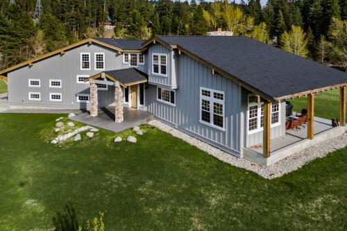 No Moose Lodge -  Vacation Rental - Photo 1