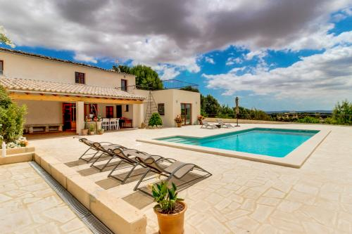 Finca Es Cos - Selva, Spain Vacation Rental
