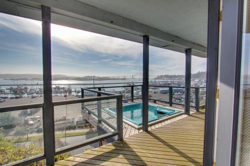 Harbor Overlook Luxury Home with Hot Tub - Newport Vacation Rental