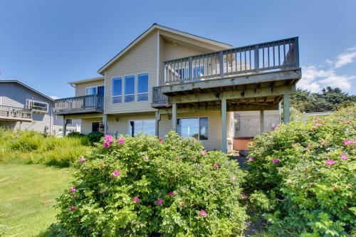 Oregon Coast Retreat -  Vacation Rental - Photo 1