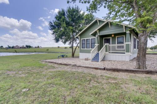 nueces rent cabins air campground rental big cabin and camp to texas rv camping in rentals oak river conditioned
