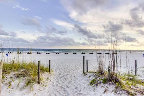 Gulf Gate 210 -  Vacation Rental - Photo 1