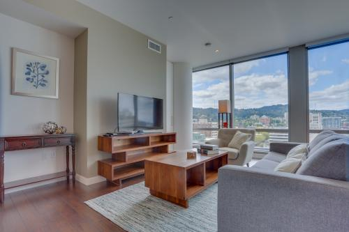 Park Avenue West 1102: Ninth Avenue Abode - Portland, OR Vacation Rental