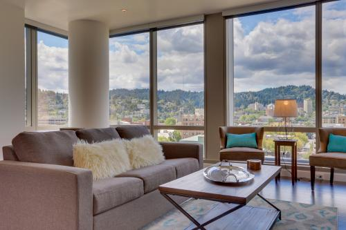 Park Avenue West 1112: Rose City Wonder - Portland, OR Vacation Rental