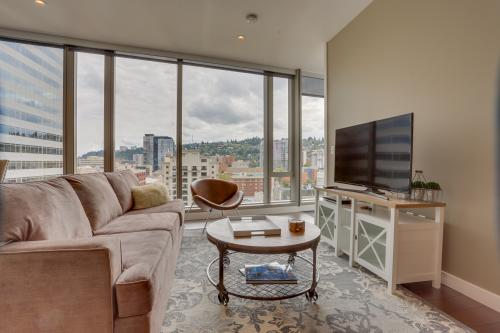 Park Avenue West 1111 & 1112: Yamhill Hideaway - Portland, OR Vacation Rental