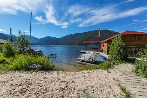 Bear Crossing  Lodge - Grand Lake, CO Vacation Rental