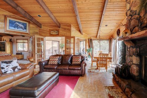 Golf and Ski Lodge -  Vacation Rental - Photo 1