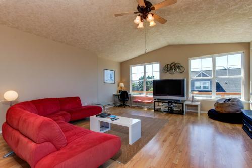 Dari's Beach House -  Vacation Rental - Photo 1