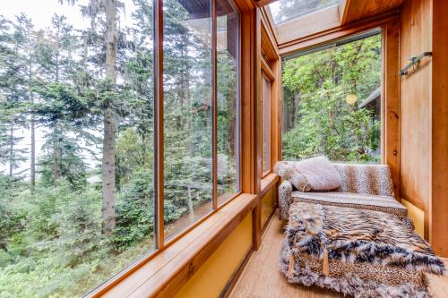 MacKaye Harbor Tree House -  Vacation Rental - Photo 1