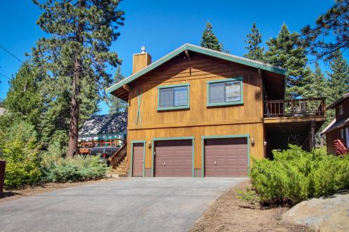 Beachwalker - Tahoe Vista, CA Vacation Rental