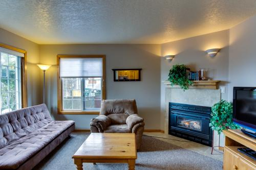Puffins Place Cabana - Cannon Beach Vacation Rental