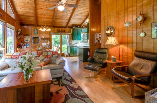 Carole's Cove -  Vacation Rental - Photo 1