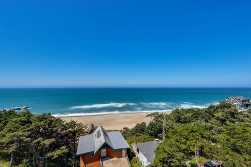 The Whale (Upper) - Lincoln City, OR Vacation Rental