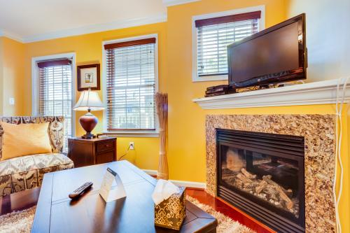 Downtown Townhouse -  Vacation Rental - Photo 1