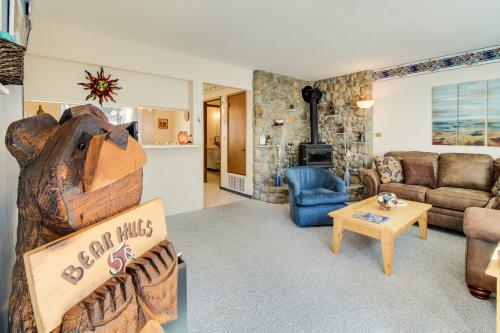 Hit the Slopes at Sitzmark -  Vacation Rental - Photo 1