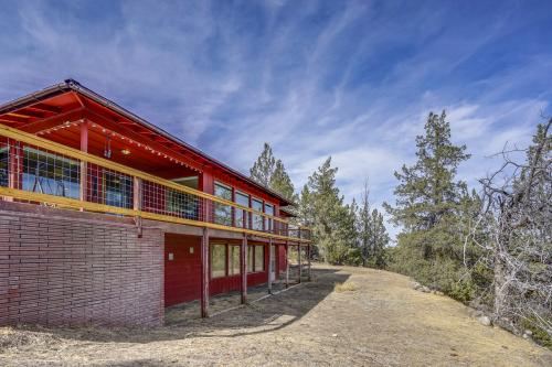 Mid Century Deschutes River Cabin  -  Vacation Rental - Photo 1