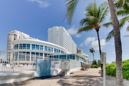 Sunny Isles Beach Vacation Rentals Condo Rentals Vacasa