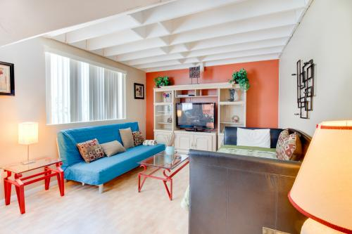 Castle Beach: Sail Away Suite - Miami Beach, FL Vacation Rental