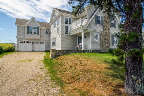 Drakes Island Luxury Ocean Retreat - Wells, ME Vacation Rental