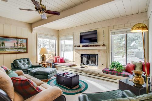 New Villager 1299 -  Vacation Rental - Photo 1