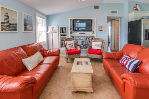 Sea Breeze Cottage - Galveston, TX Vacation Rental
