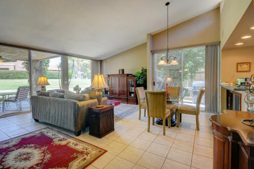 Bahama Vibes - Palm Desert, CA Vacation Rental