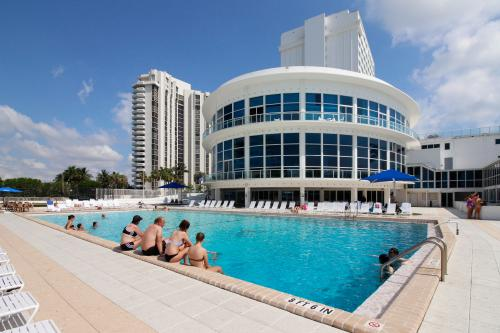 Castle Beach: Coral Condo - Miami Beach, FL Vacation Rental