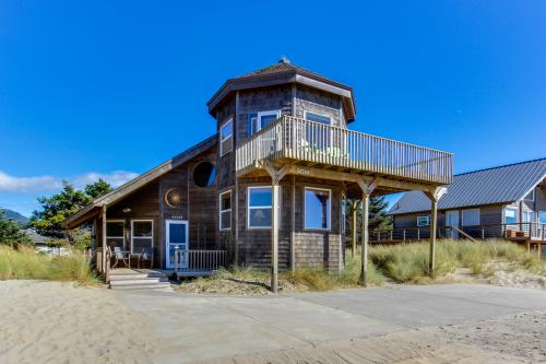 Cape Escape - Pacific City, OR Vacation Rental