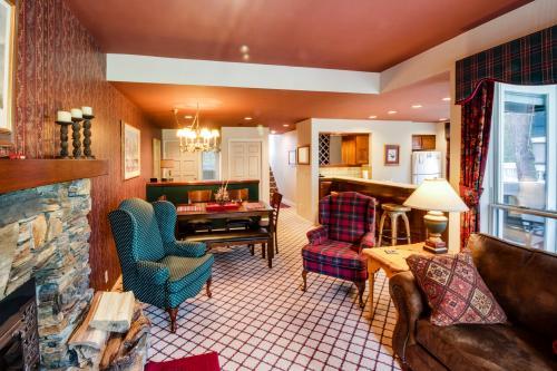 Ponderosa Lodge Bed And Breakfast Idaho