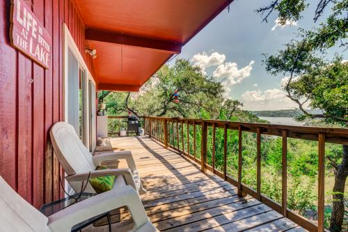 The Thomas Family Cabin - Spicewood, TX Vacation Rental