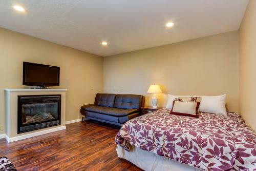 Salmon 2-E -  Vacation Rental - Photo 1
