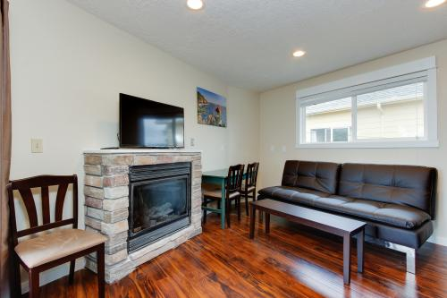 Salmon 2-F -  Vacation Rental - Photo 1