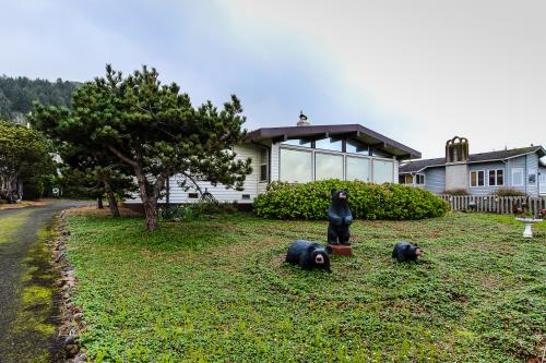 Patty's Sea Perch Oceanfront - Yachats Vacation Rental