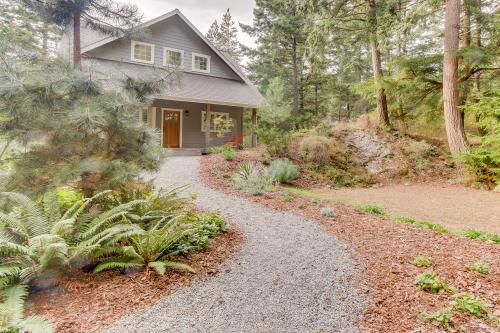 Discovery View Cabin -  Vacation Rental - Photo 1
