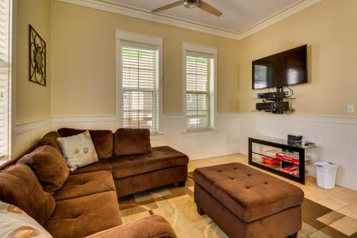 Navarre Beach Upscale Vacation Home - Navarre, FL Vacation Rental