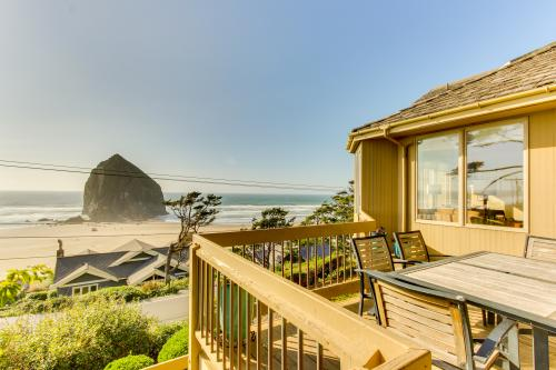 Haystack Views Vacation Rental -  Vacation Rental - Photo 1