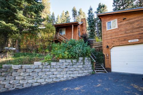 Prosser Perch -  Vacation Rental - Photo 1