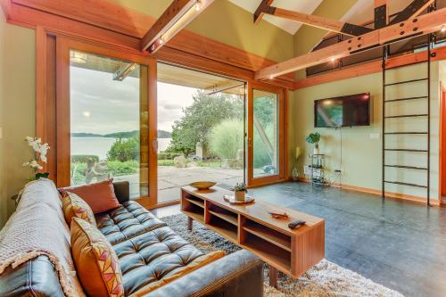 Driftwood Retreat - Anacortes, WA Vacation Rental