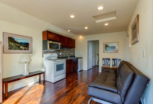Seal: Upper -  Vacation Rental - Photo 1