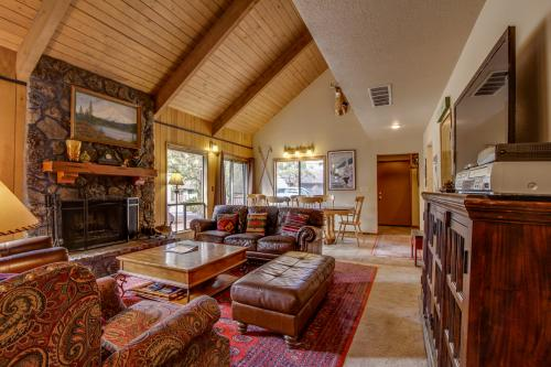 7 Flat Top - Sunriver, OR Vacation Rental