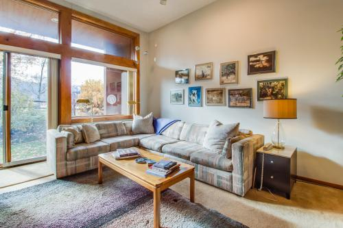 Mountain Therapy -  Vacation Rental - Photo 1