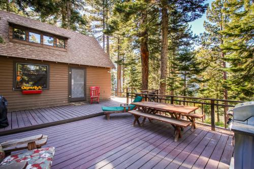 The Cherry Leaf Lodge & Retreat on Fallen Leaf Lake -  Vacation Rental - Photo 1