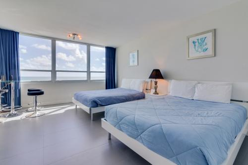 Castle Beach: Dahlia Condo - Miami Beach, FL Vacation Rental