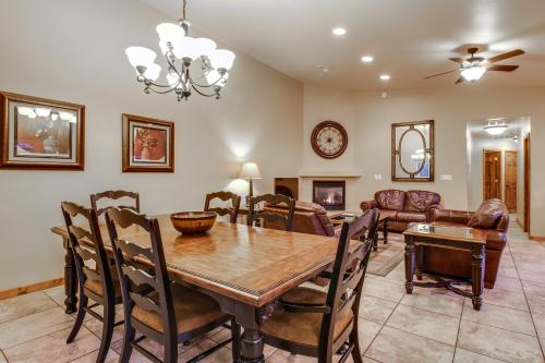 Cottonwoods 429 -  Vacation Rental - Photo 1