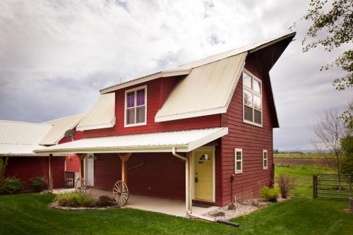 Creston Farmhouse -  Vacation Rental - Photo 1