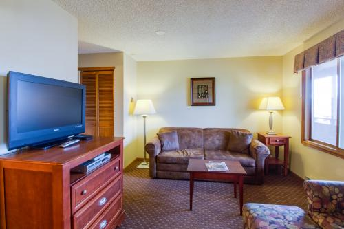 Sundial 302 at Thunder Mountain -  Vacation Rental - Photo 1