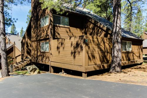 4 Polehouse Overlook Drive - Sunriver Vacation Rental